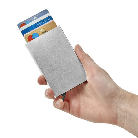 Portacarte in alluminio con RFID