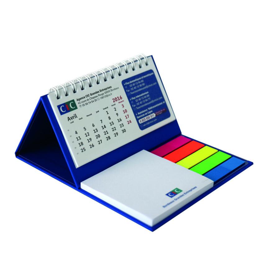 gadget Calendario da tavolo su base rigida con 1 blocco adesivo e spirale